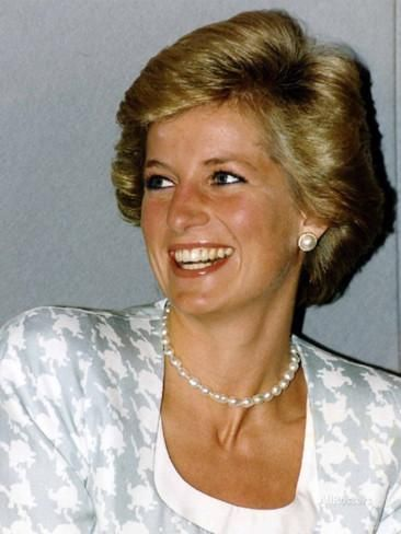 Princess Diana Patron of the British Lung Foundation Photographic Print at AllPosters.com