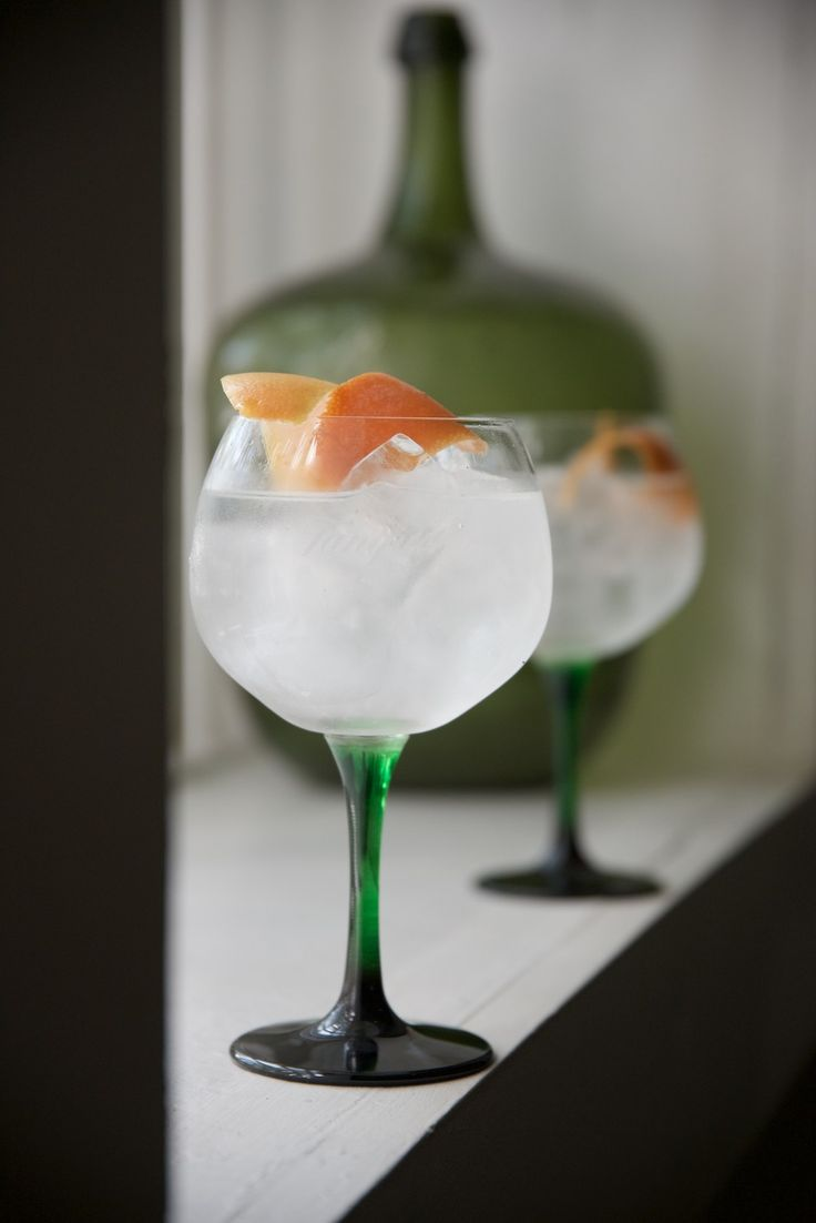 Is Cape Town the New Global Gin Capital? Fynbos plants give South African gin a distinctive taste.