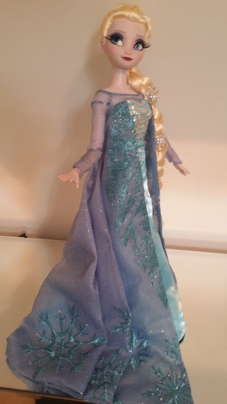Elsa limited edition doll. I loved this movie so much!Elsa is gorgeous.