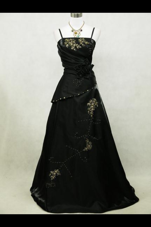 82 best Gowns for masquerade ball images on Pinterest | Baroque ...