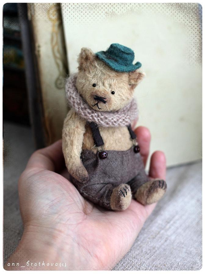 roztomilý ručně malý medvěd dany annou bratkova