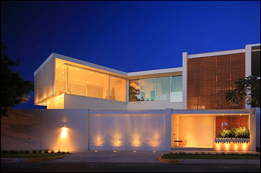 House Lucke Orozco byHernandez Silva Arquitectos
