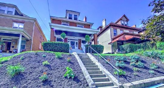 In this #article you explore all about the ideal blend for an #Observatory #Hill #Area homebuyer — you get the best of public infrastructure, strategically located to avail all modern amenities, easy access to south Richmond Hill's shopping & cultural landscape along with the promise of open, spacious homes!