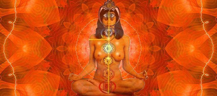 """Крийя """"Трансформация нижнего треугольника в верхний"""" трансформирует энергию нижних чакр и распределяет ее равномерно по всему телу. Люди, с нормально функционирующим нижним треугольником чакр, """"идут по жизни смеясь"""", они относятся ко всему происходящему в жизни легко и очень позитивно. Они достаточно легки в общении и легко адаптируются к новым обстоятельствам, быстро находят общий язык с новыми людьми и завязывают контакты, и создают комфортные для себя и окружающих отношения в новом…"""