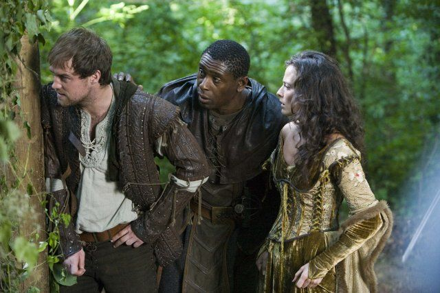 David Harewood, Jonas Armstrong, and Lara Pulver in Robin Hood (2006)