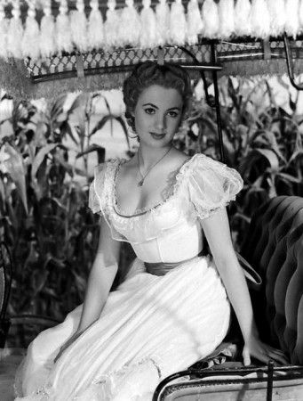 Shirley Jones starred in a number of well-known musicals