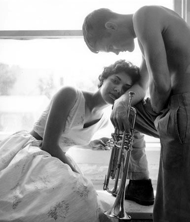 Halima & Chet Baker, Redondo Beach, CA 1955 photographed by William Claxton