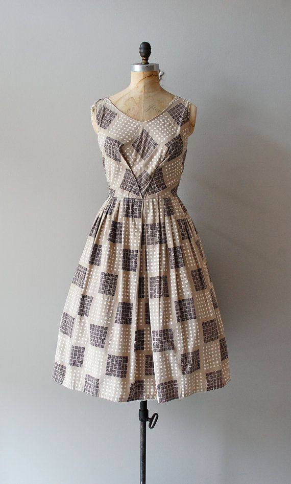 1950s Pattern Sample dress- I really need to get my hands on a nice sewing machine... or any sewing machine!