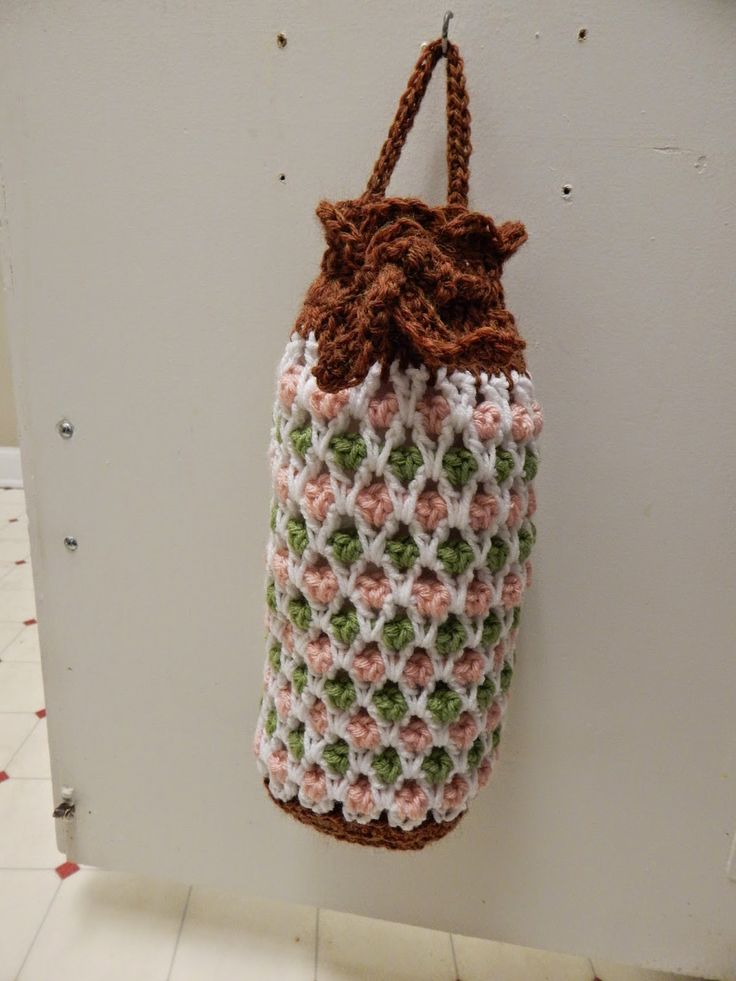 Crochet a Holder for all those Plastic Bags! ? 14 free ...