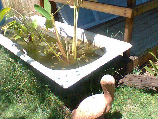 How to use an old bath tub
