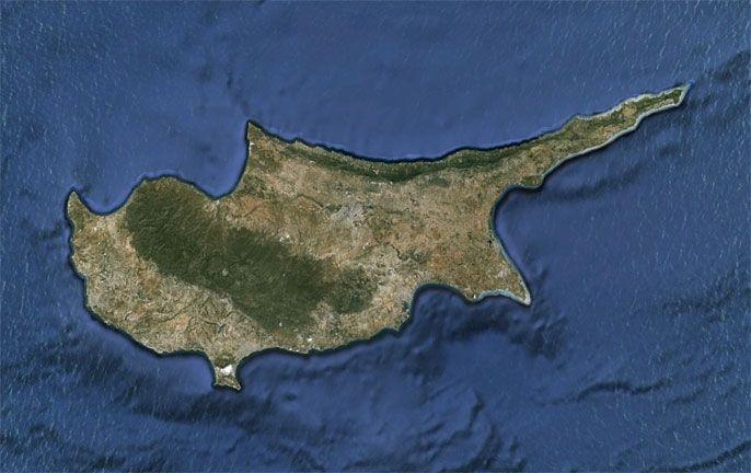 """Κυπριακό: Εισήγηση για δύο …""""μικρούς δικτάτορες"""" αποκαλύπτει έγγραφο για τη συμφωνία!!"""