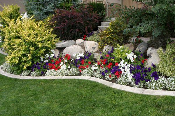 rocaille de jardin avec bordure