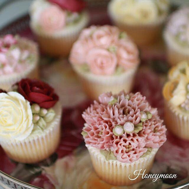 #flowercake #korea #flower #cake #buttercream #honeymoon