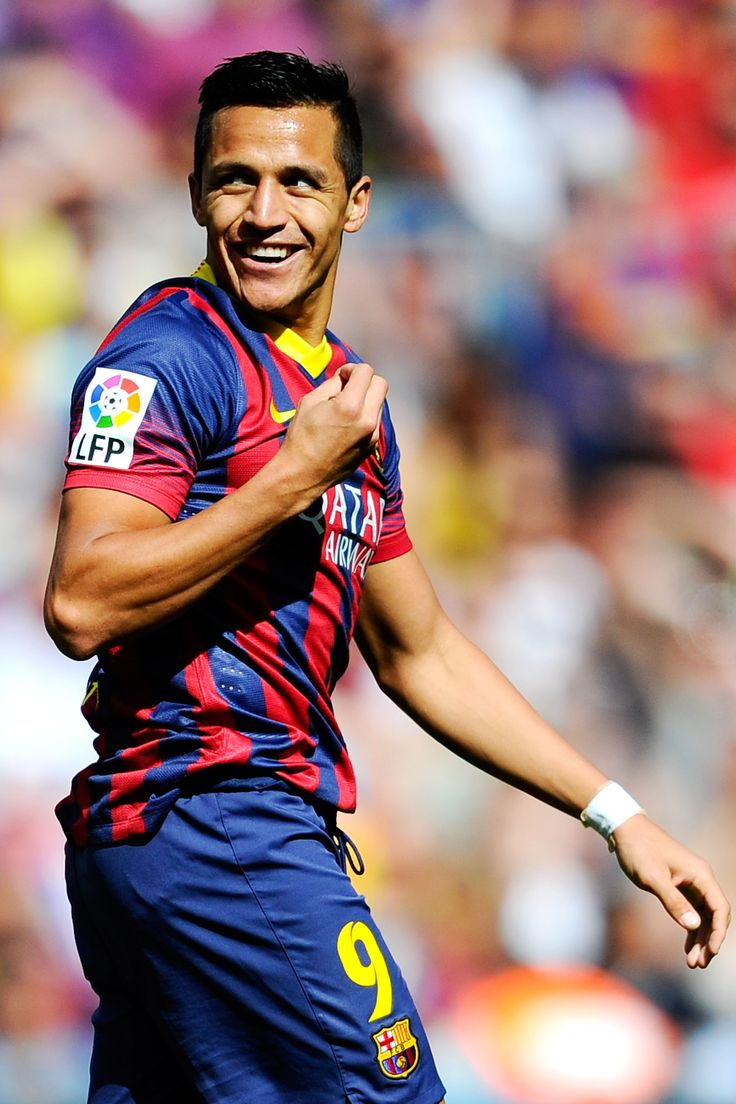 Alexis Sanchez, Chile Good luck staying focused after seeing this smile!