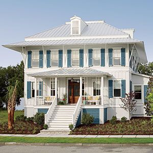 Check out the Coastal Living dream house in Daniel Island, South Carolina. It's chock-full of clever decorating ideas to steal.   Photo: Tria Giovan   thisoldhouse.com