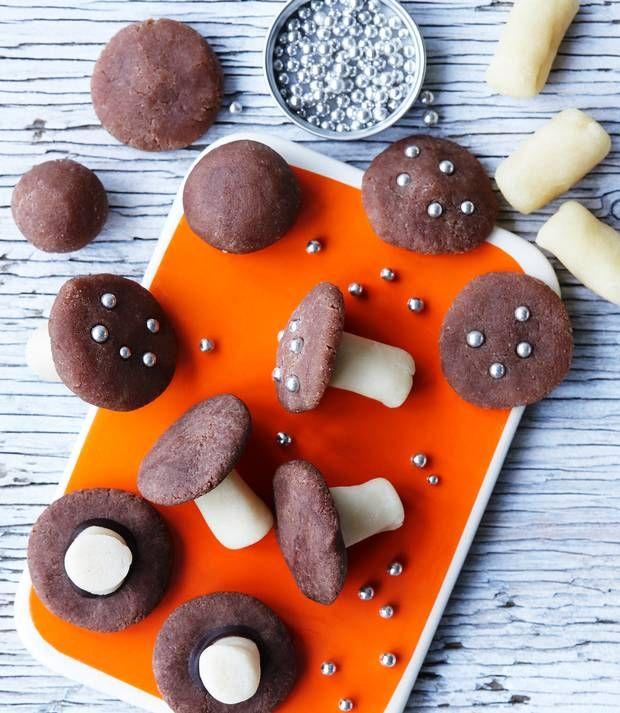 Du kan lave det lækreste konfekt på næsten ingen tid – og få ryddet lidt op i dine køkkenskabe imens.