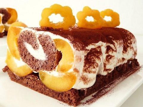 Marhuľová roláda - Slovakian apricot roll cake.