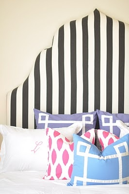 HeadboardGuest Room, Beds, Black And White, Interiors Design, Dreams House, Diy Headboards, Bedrooms Decor, Pillows, Stripes Headboards