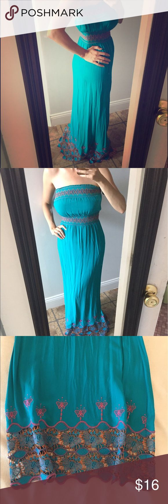"""Turquoise crochet twentyone brand maxi dress Small Turquoise fitted maxi dress with crochet detail on bodice and butterflies at the bottom. Super flattering but slightly too long for little ole me!.                                   Length - 48""""                                                                          Waist - 10"""" across stretches to 17"""" Forever 21 Dresses Maxi"""