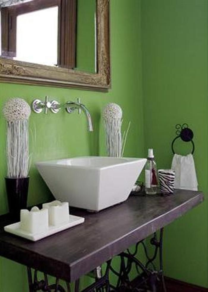 Como utilizar pie de maquina de cocer antigua en #baño ...