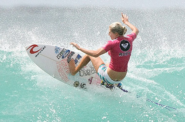 Surfing comps fire up 2013 #BurleighHeads