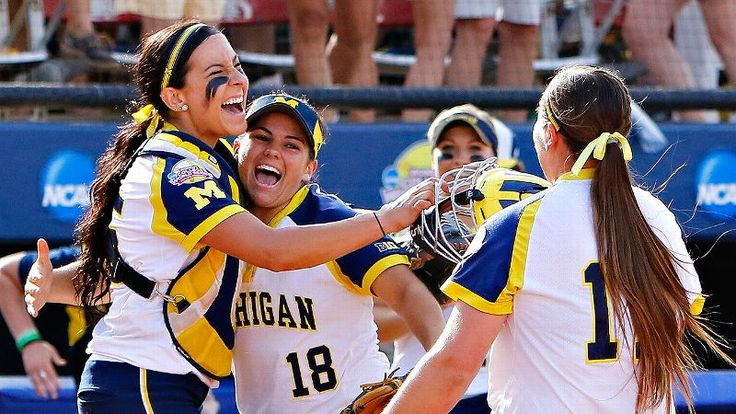 Michigan Wolverines beat LSU Tigers, advance to championship series