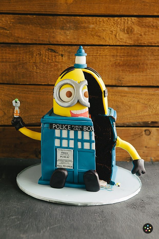 Minion Tardis Cake H Bday Ideas Pinterest Tardis