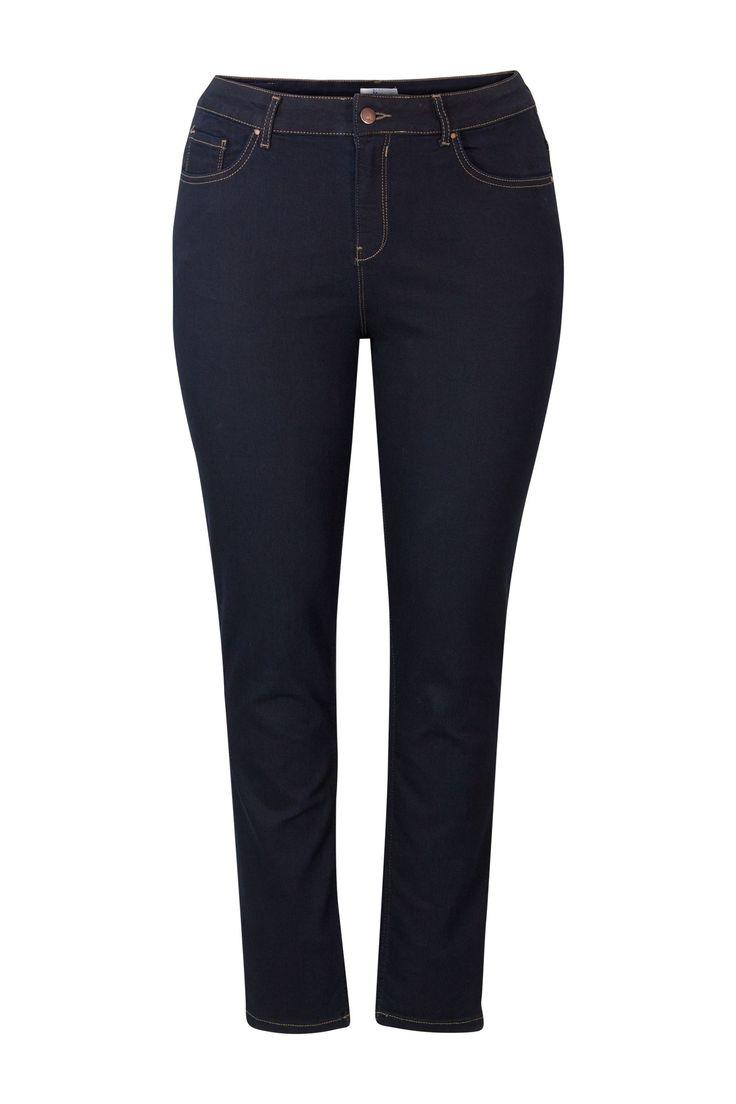 Jeans 'Jackie' 30'' Miss Etam  Donkerblauwe 'Jackie' jeans met een rechte pijp en een hoge taille.  EUR 39.99  Meer informatie