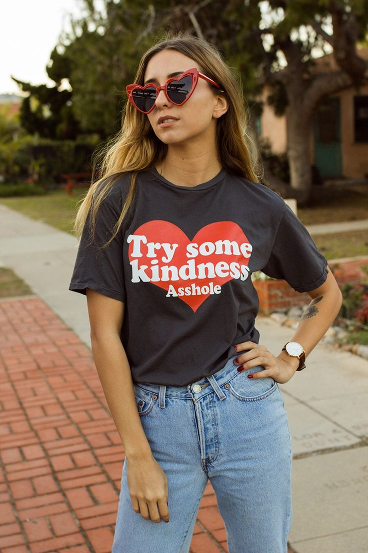 Try Some Kindness tee + high waist Levi's Mom jeans