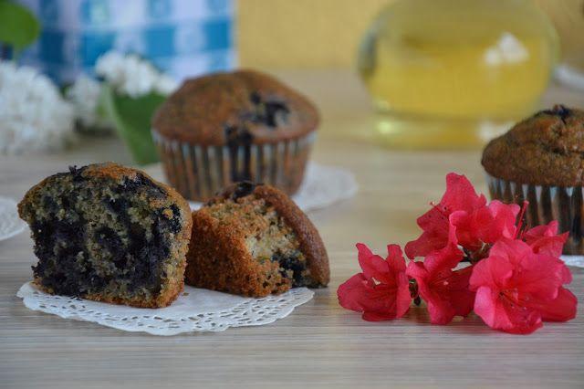 Passions, hobbies, life: Muffinki razowe z jagodami