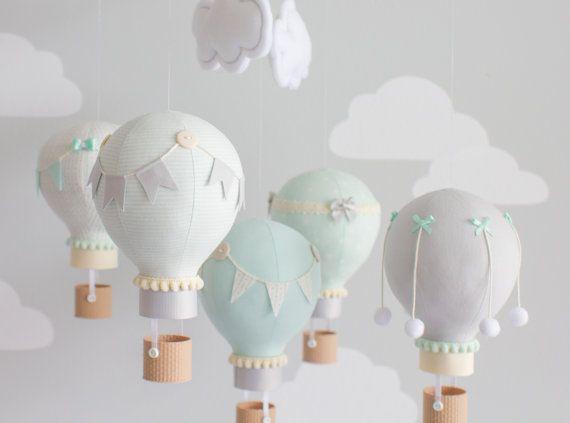 Gender Neutral Baby Mobile Hot Air Balloon por sunshineandvodka