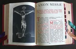 Canon de la misa catolica, ordinario de la misa: Partes, resumen