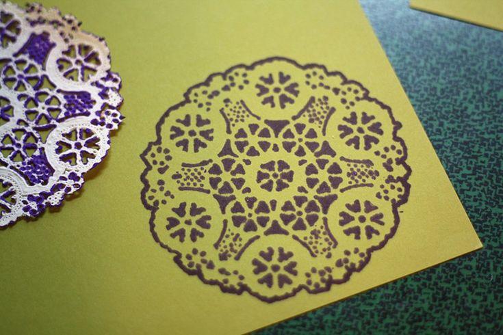 doilies + sharpies = prettyCrafts Ideas, Paper Doilies, Cute Ideas, Sharpie Projects, Craftdiy Stuff, Doilies Stencils, Pearls Buttons, Paper Crafts, Crafty Mafti