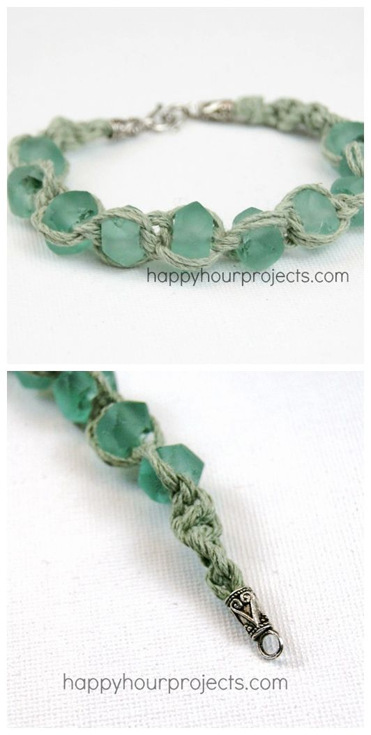 Make up this simple macrame bracelet in just 20 minutes! Full photo tutorial.