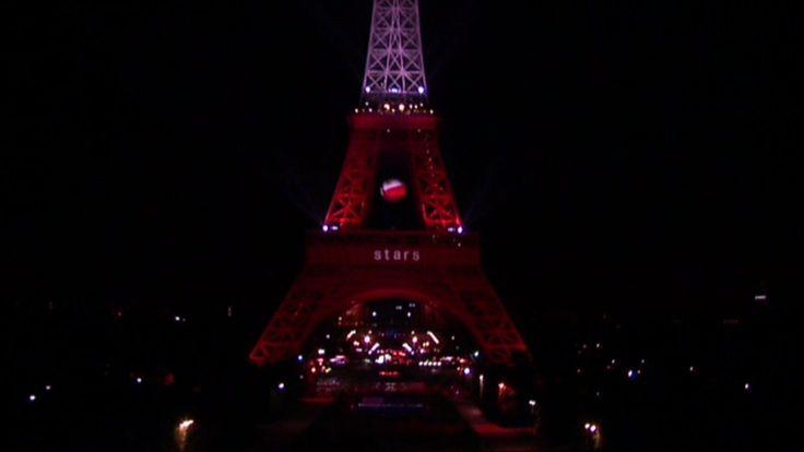 Zdjęcie numer 3 w galerii - Udało się! Biało-czerwona wieża Eiffla! A wszystko to dzięki WASZYM głosom