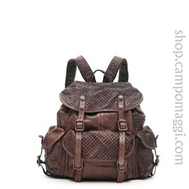 Backpack with studs - official eshop Campomaggi