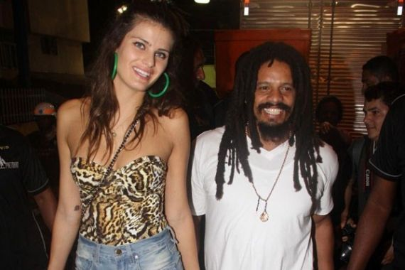 Mais um casal colocou um ponto final na relação. A modelo Isabeli Fontana e o empresário jamaicano Rohan Marley, filho de Bob Marley, estavam noivos e até anunciaram casamento na Igreja Ortodoxa Etíope.