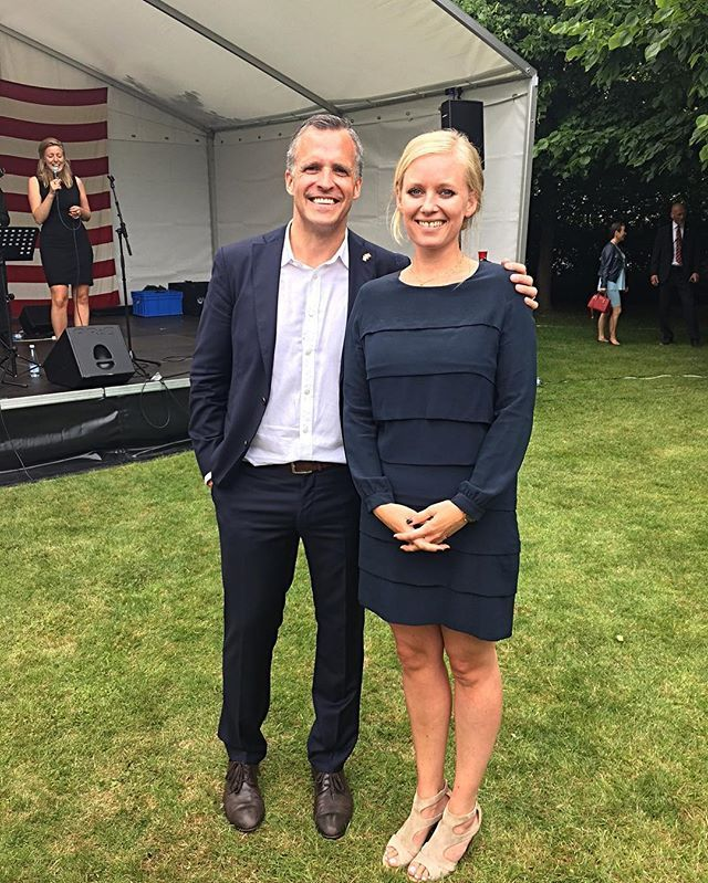 Mathilde Hannemann, partner @nordic_housing looking absolutely beautiful wearing #elisegug at yesterday's celebration of American Independent Day next to the American ambassador Rufus Gifford  #4ofjuly #independentday #americanresident #rydhave #denmark #copenhagen #nordichousing #dress #frilldress #classic #essential #ootd  #businesscasual #casual #chic #laidback #luxury #style #fashion #look #lookoftheday #outfit #perfect #match #beautiful #design #madeinitaly