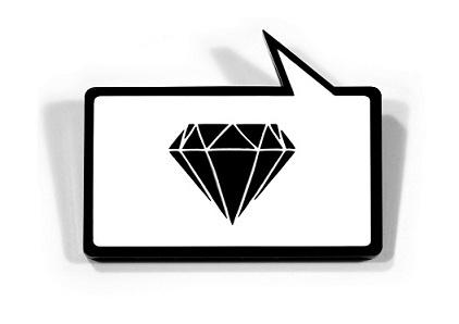 """http://bijoucontemporain.unblog.fr/  my top blog  Marianne Gassier  """"Passionnée de bijoux, admirative de tout ce savoir-faire, à défaut de savoir créer moi-même, je souhaiterais mieux faire connaître les créateurs de bijoux contemporains, partager mes coups de coeur, transmettre l'information quant aux expositions, lieux où rencontrer « du bijou » (galeries, magasins…), les « bouquins » à voir """"…"""