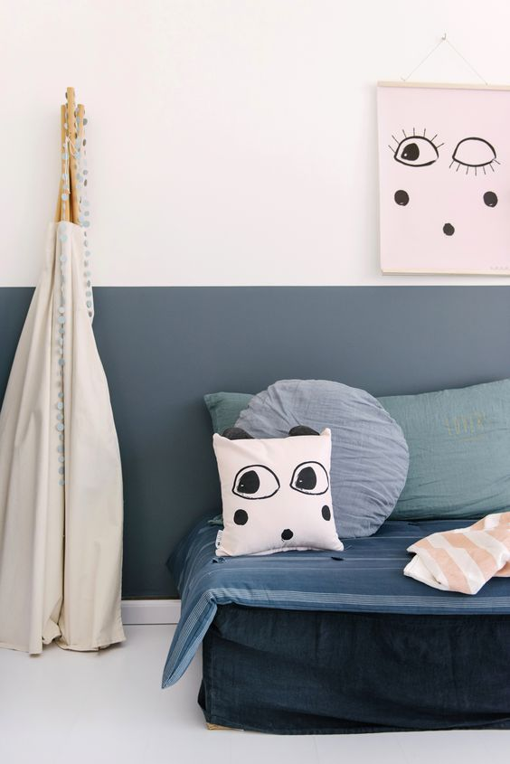 We have a few ideas to share regarding this topic that will inspire you to paint children's rooms in a creative way and choosing the right shades.