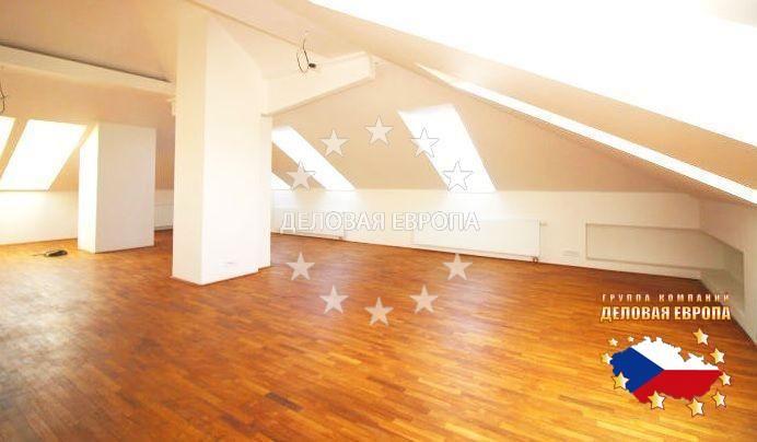 НЕДВИЖИМОСТЬ В ЧЕХИИ: продажа квартиры 3+КК, Прага, Evropská, 270 000 € http://portal-eu.ru/kvartiry/3-komn/3+kk/realty310/  Предлагается на продажу квартира 3+КК класса люкс площадью 140 кв.м в районе Прага 6 – Дейвице стоимостью 270 000 евро. Квартира расположена на последнем этаже четырехэтажной новостройки и состоит из двух ванных комнат, трех больших просторных комнат, кухни и прихожей. На полах деревянные паркеты. Имеется система климатизации в каждой комнате. Возможность взятия в…