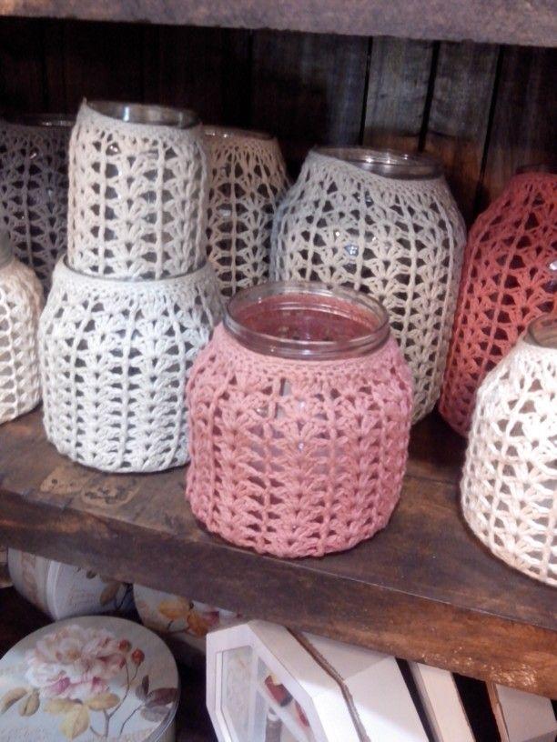 Frascos con crochet.  Love it