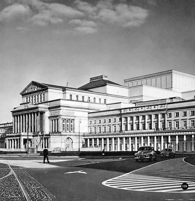 pl. Teatralny - Teatr Wielki, lata 60.   (fot. Edmund Kupiecki)