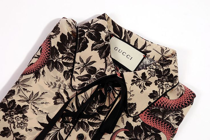 Gucci Shirt available on www.tessabit.com