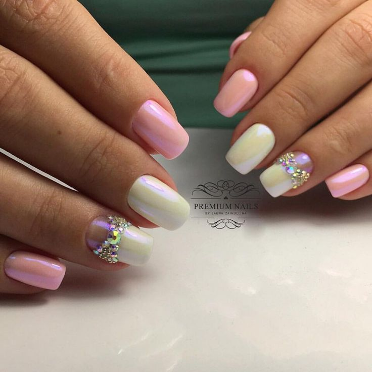 Accurate nails, Bow nails, Bridal nails, Ideas of gentle nails, Lady Gaga nails, Nails with rhinestones, Pale pink nails, Perfect nails
