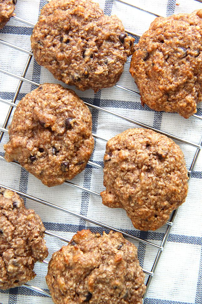 I cannot believe I haven't shared these Breakfast Cookies with y'all before! We have been making them all summer and they are so good and super healthy. No refined sugars and no grains, yippee! They w
