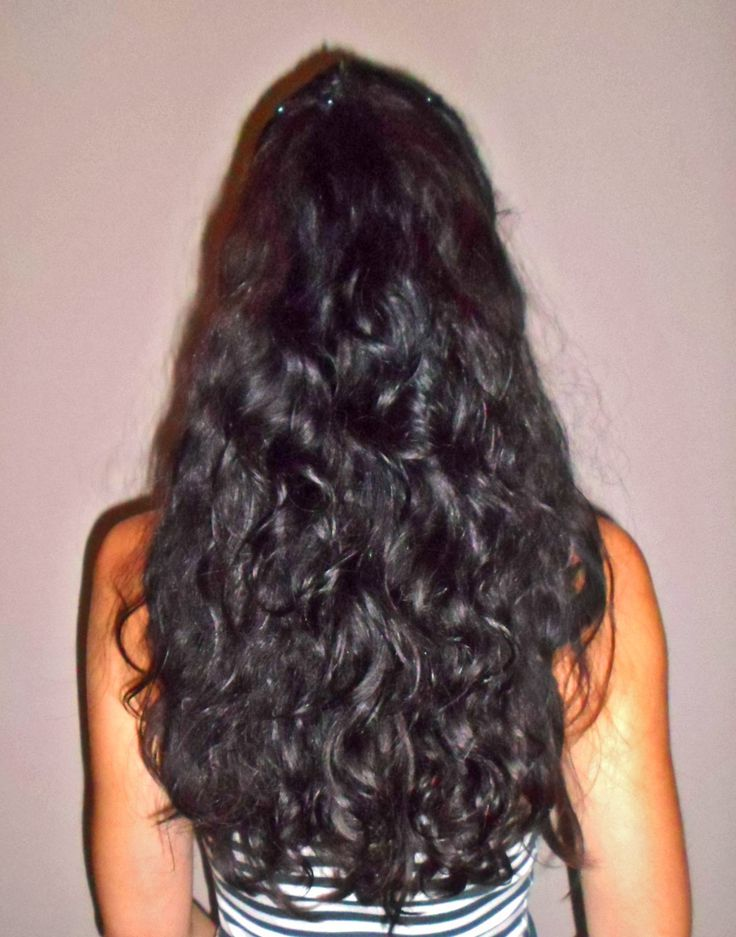 Olejowanie włosów jako sposób na suche, zniszczone końcówki. Doskonale ujarzmia i nawilża puszące się włosy bez stosowania kosmetyków.  #olejowanie #olejowanie_włosów #piękne_włosy