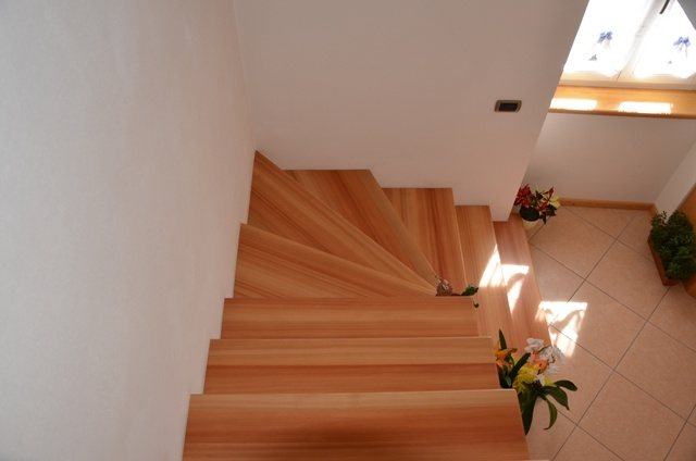 Staircase of streaked brushed larch.