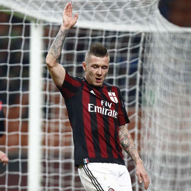 AC Milan Comunicato ufficiale: Lesione per Kucka i dettagli - MilanPost