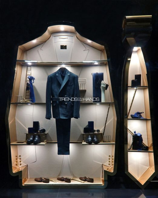 Think about your windows, too! Salvatore Ferragomo uses shape (in addition to merchandising) to create something eye catching. #WindowDisplay #Merchandising #Retail